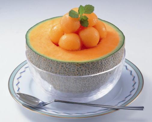 あま~いジューシーなオレンジ色の宝石・北海道のおいしいメロンのサムネイル画像