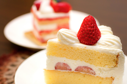 スイーツ好きも満足!コンビニの人気ケーキをご紹介します!のサムネイル画像